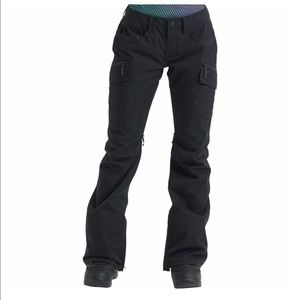 Size large women's dry ride black snowboard pants